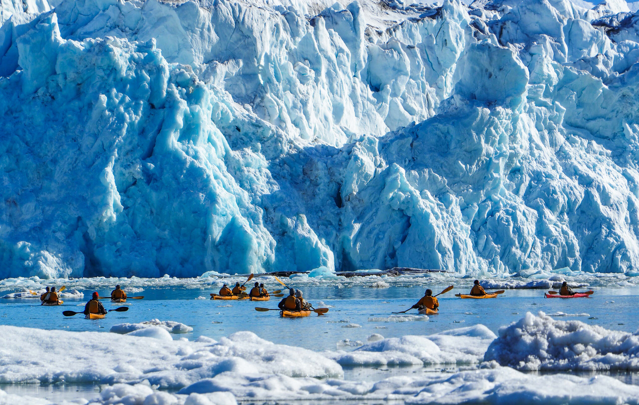 Navigating-the-White-Continent-